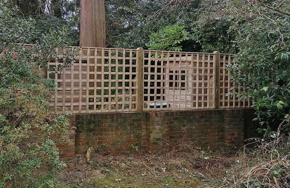 standard-square-hole-trellis-panels-2