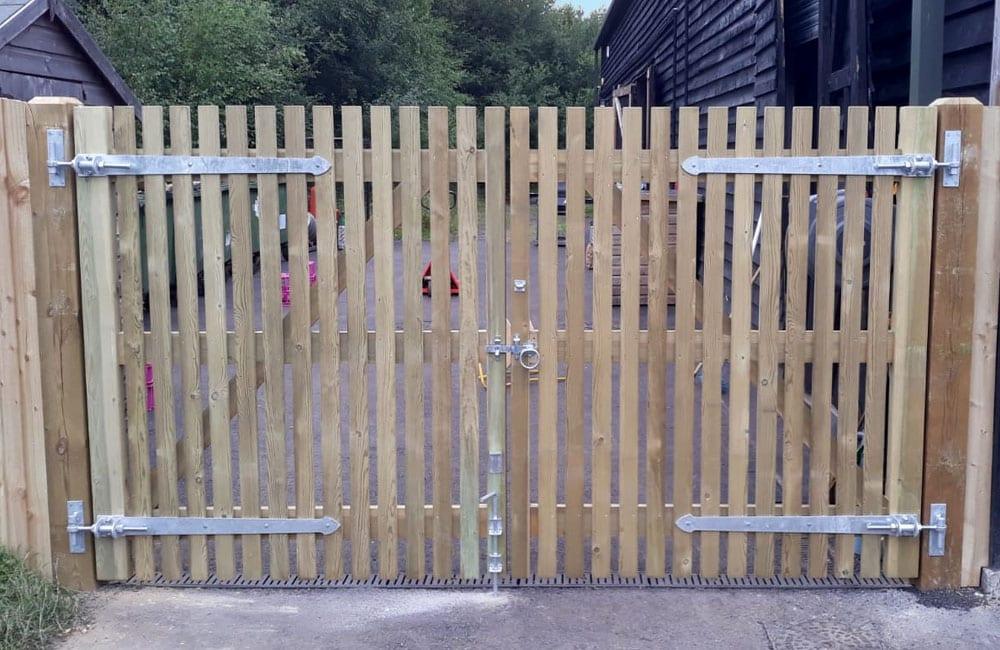 heavy-frame-palisade-gate-1