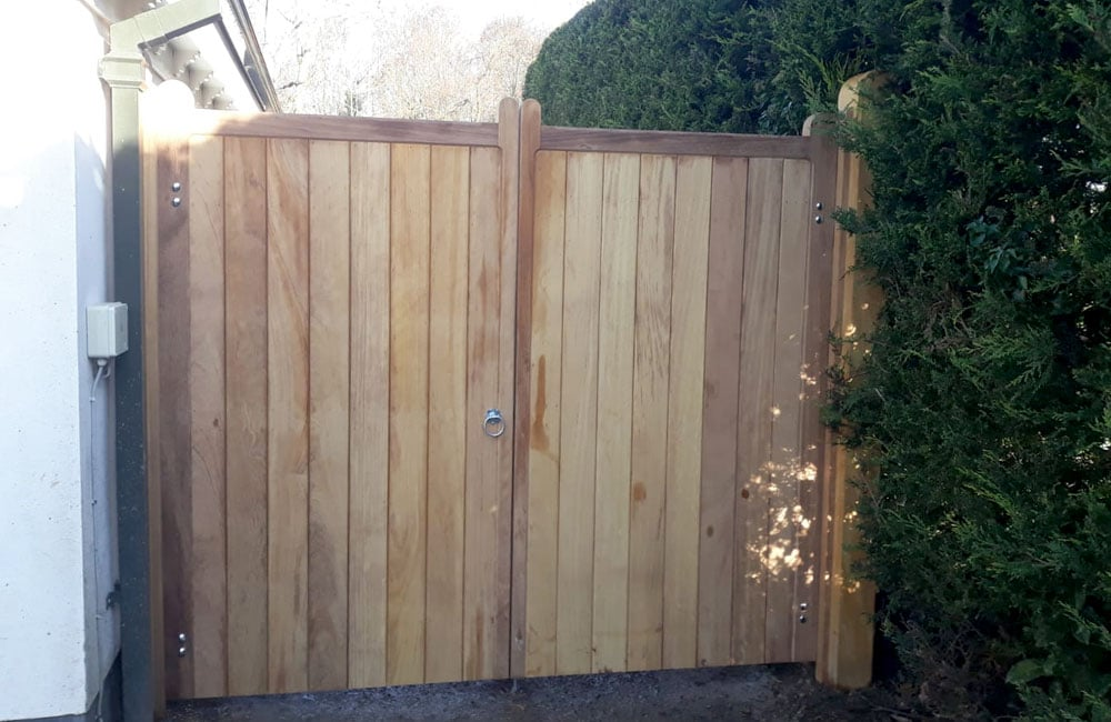 heavy-frame-wimborne-gate-4