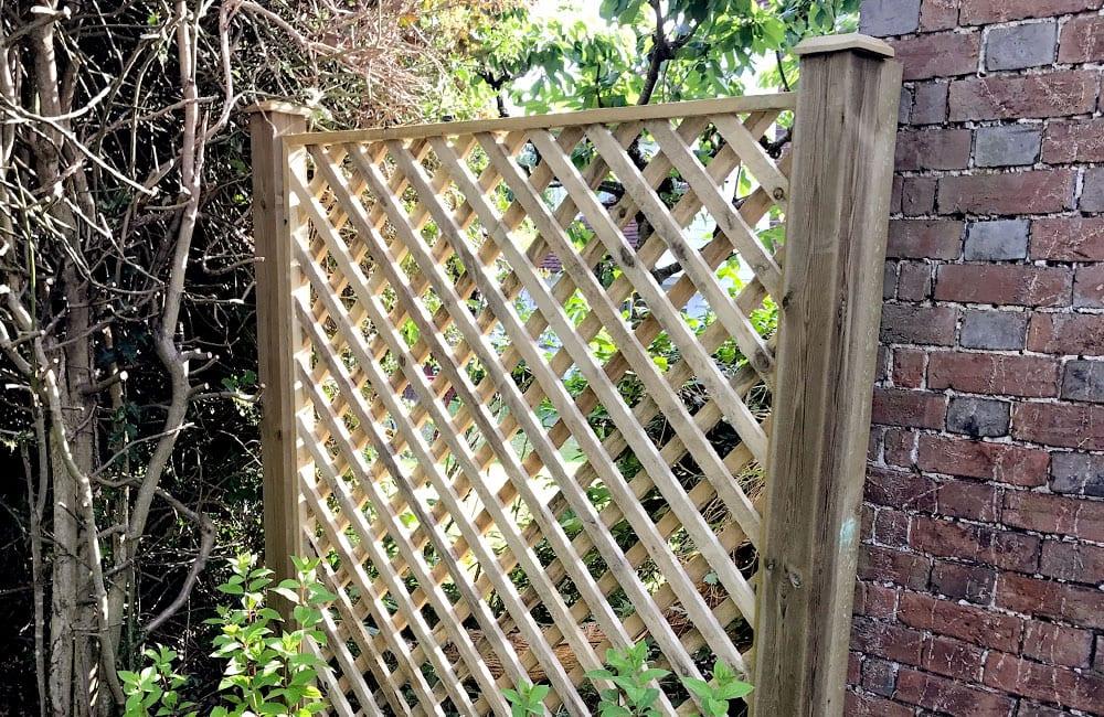 heavy-framed-diamond-hole-trellis-panels-1