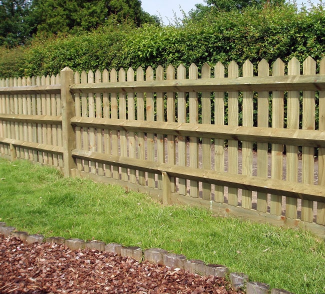 pointed-top-palisade-fencing-kent