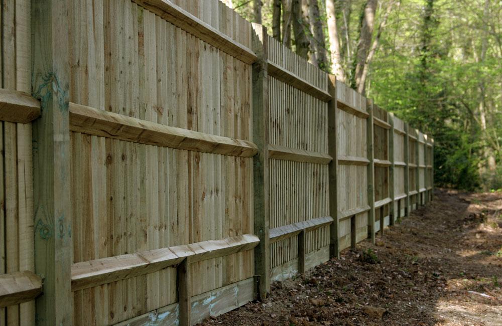 standard-closeboard-fencing-3