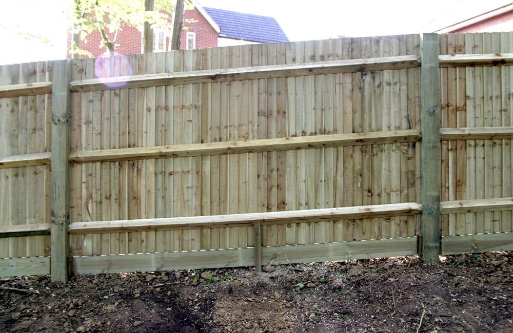 standard-closeboard-fencing-4