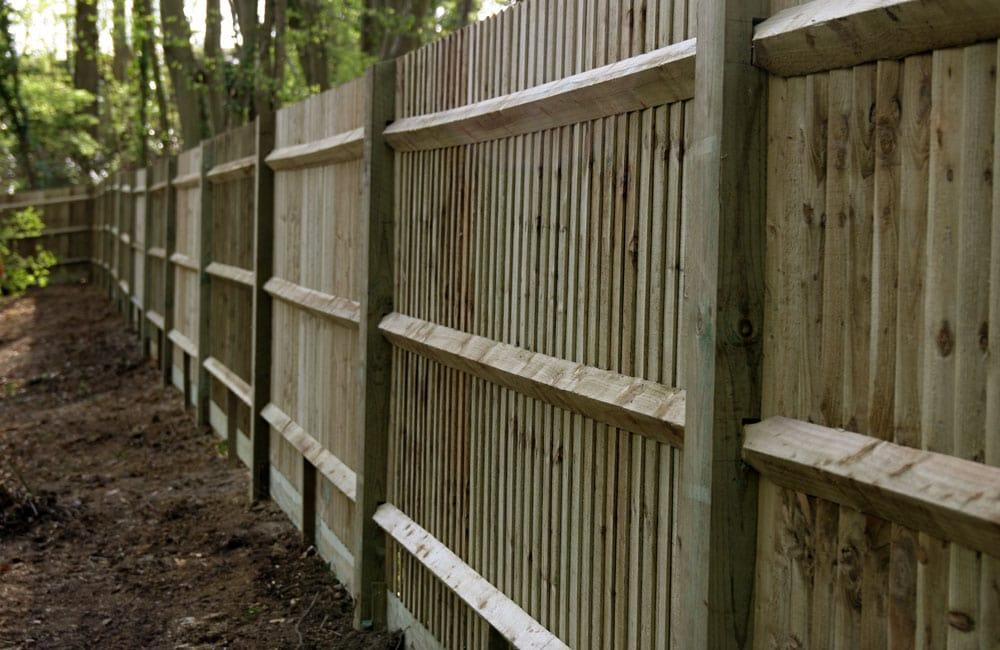 standard-closeboard-fencing-5