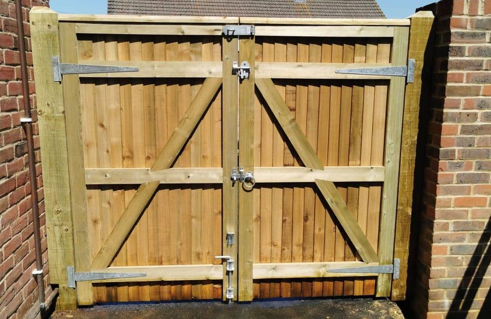 standard-frame-closeboard-gates-1