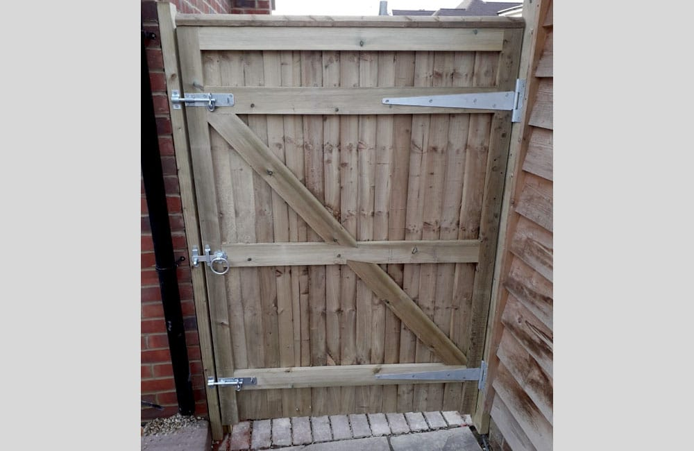 standard-frame-closeboard-gates-2