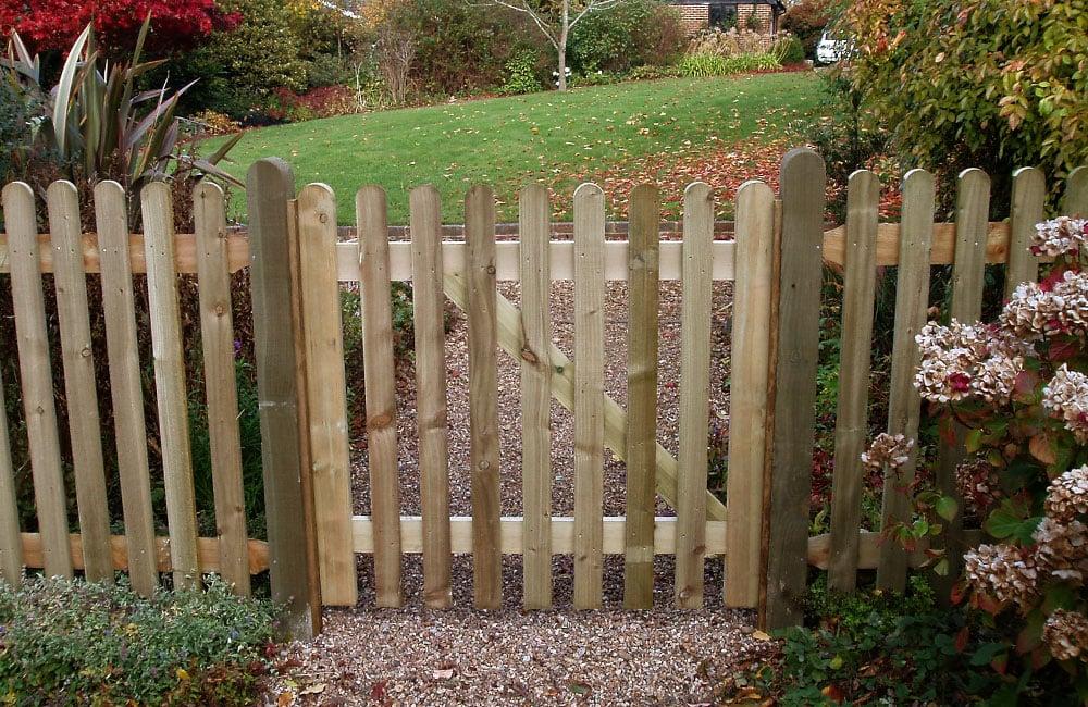 standard-frame-palisade-gate-1