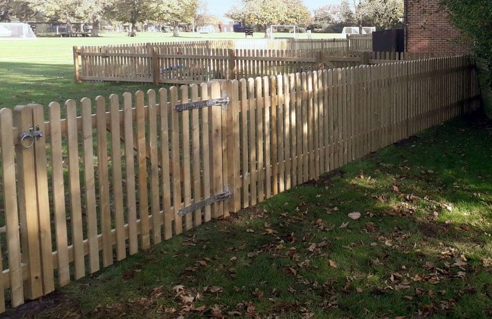 standard-frame-palisade-gate-2