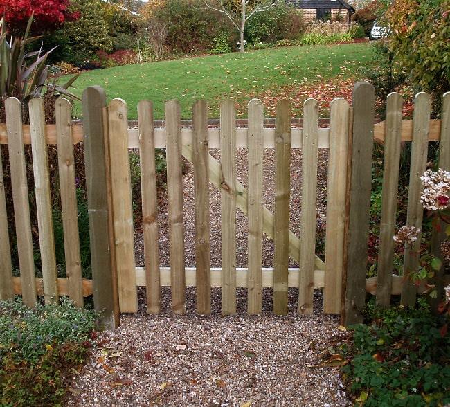 standard-frame-palisade-gate-kent