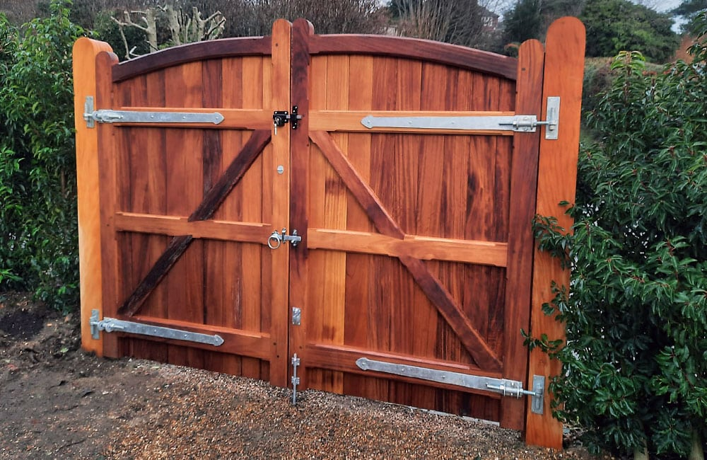heavy-frame-sherborne-gates-kent-1