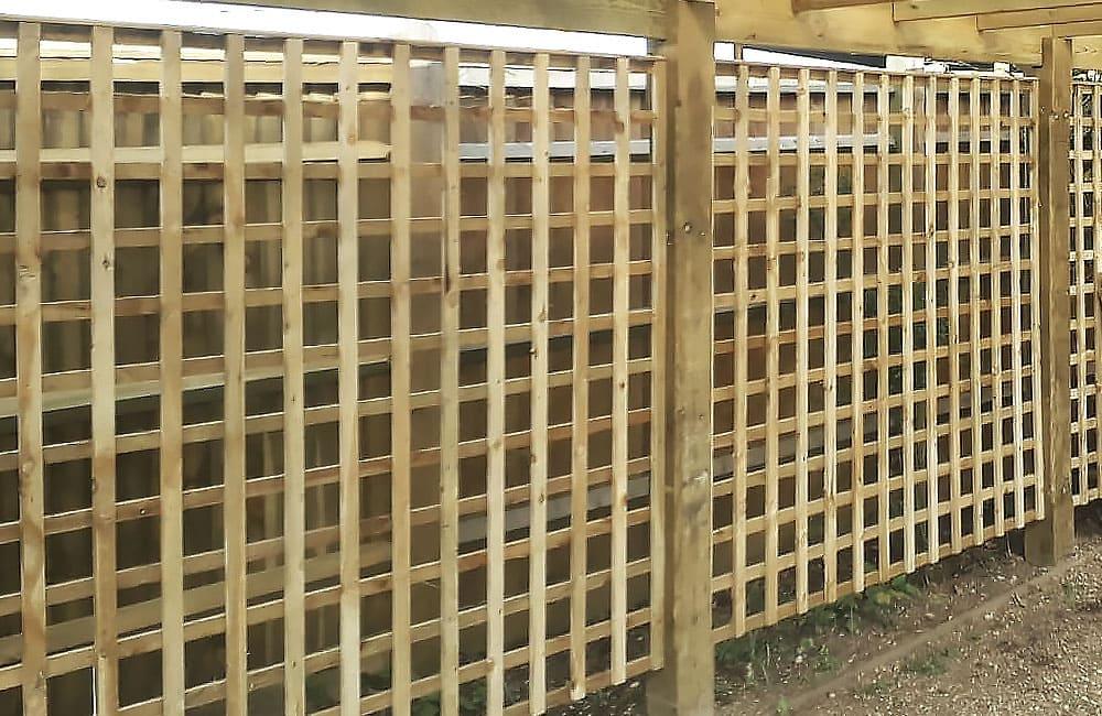 heavy-framed-square-hole-trellis-panels-4