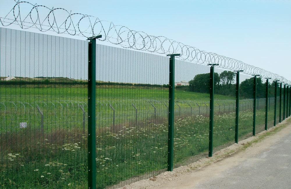 mesh-security-fencing-358-2