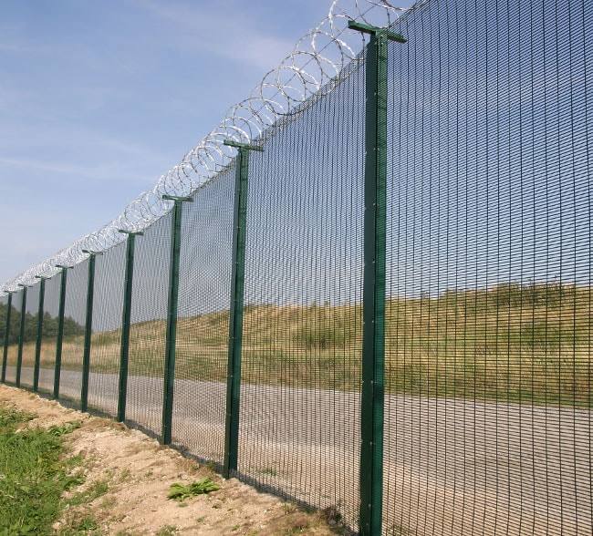 mesh-systems-fencing