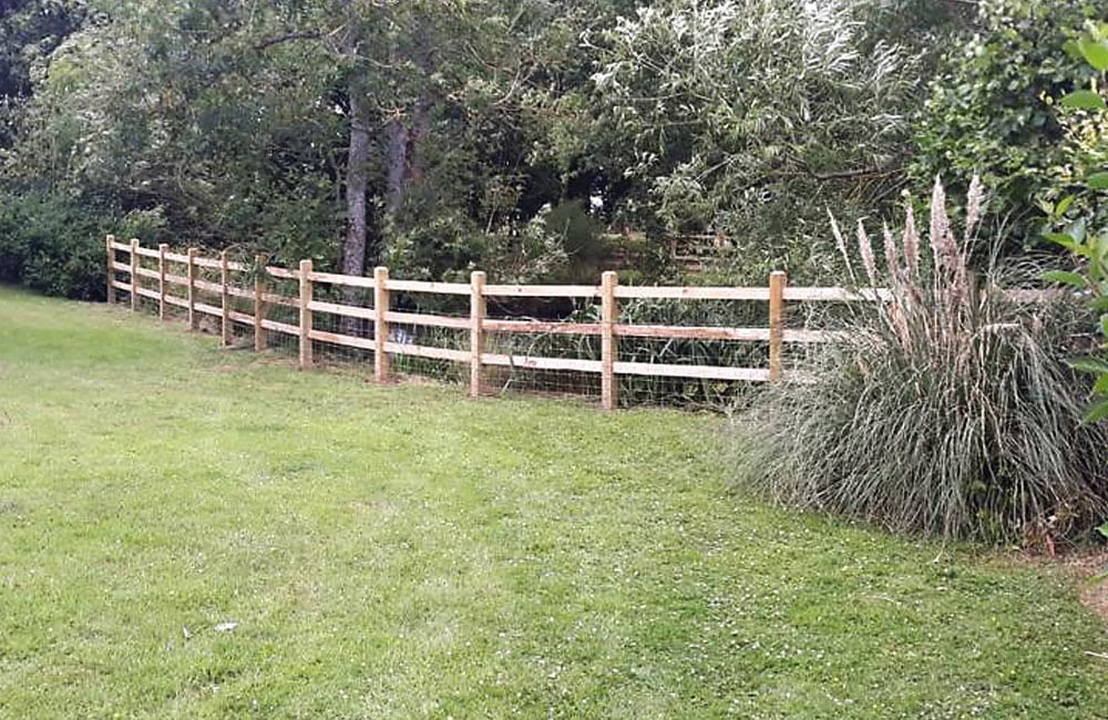 sawn-post-and-rail-fencing-3