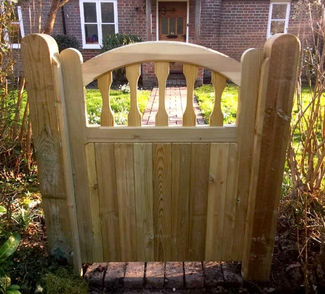standard-frame-windsor-gate-kent-south-east